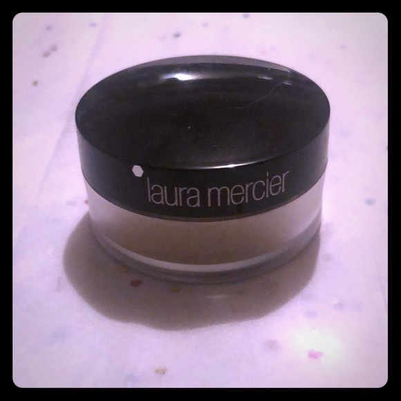laura mercier Other - 3/$ 15 Laura Mercier  PowderTravel Translucent